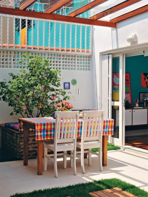 lively-multicolored-house-of-a-brazilian-designer-9
