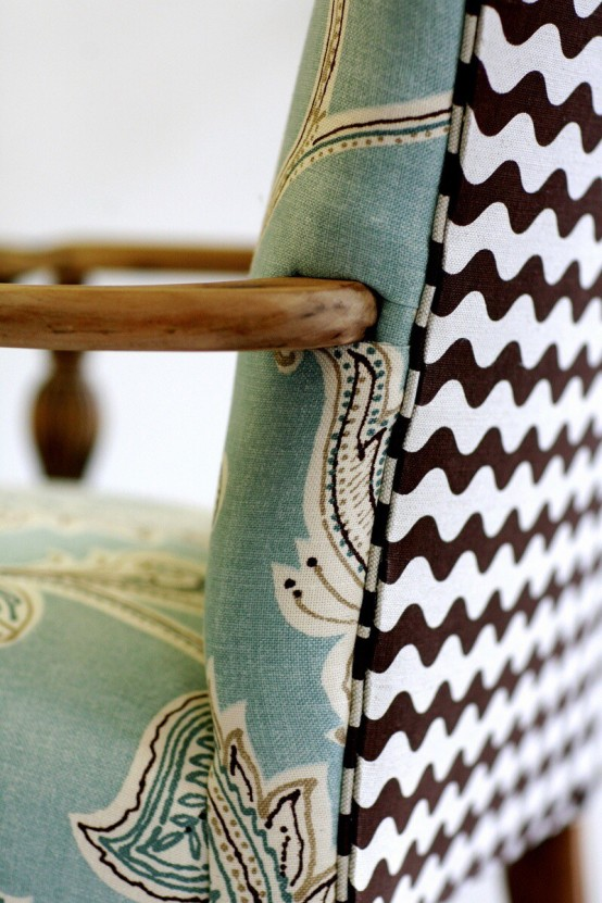mixed-upholstery-furniture-pieces-2-554x831