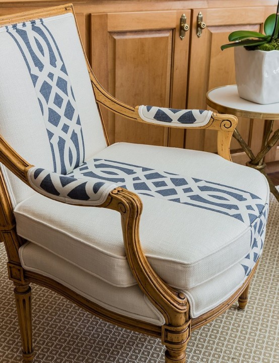 mixed-upholstery-furniture-pieces-20-554x722