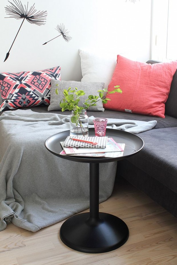 grey-and-coral-home-decor-ideas-26