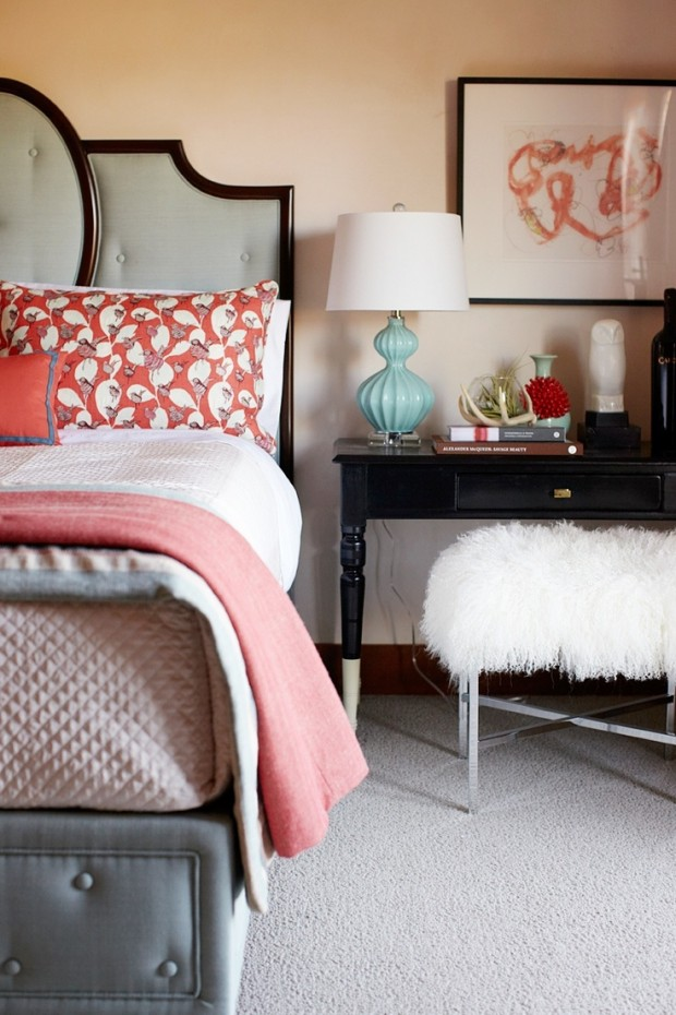 grey-and-coral-home-decor-ideas-3
