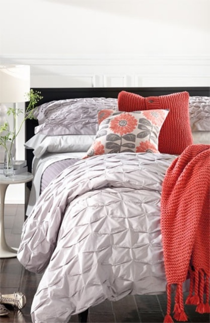 grey-and-coral-home-decor-ideas-6