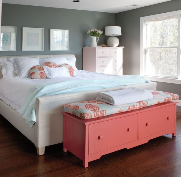 grey-and-coral-home-decor-ideas-9