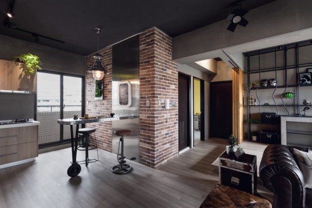 superhero-inspired-apartment-with-industrial-touches-5
