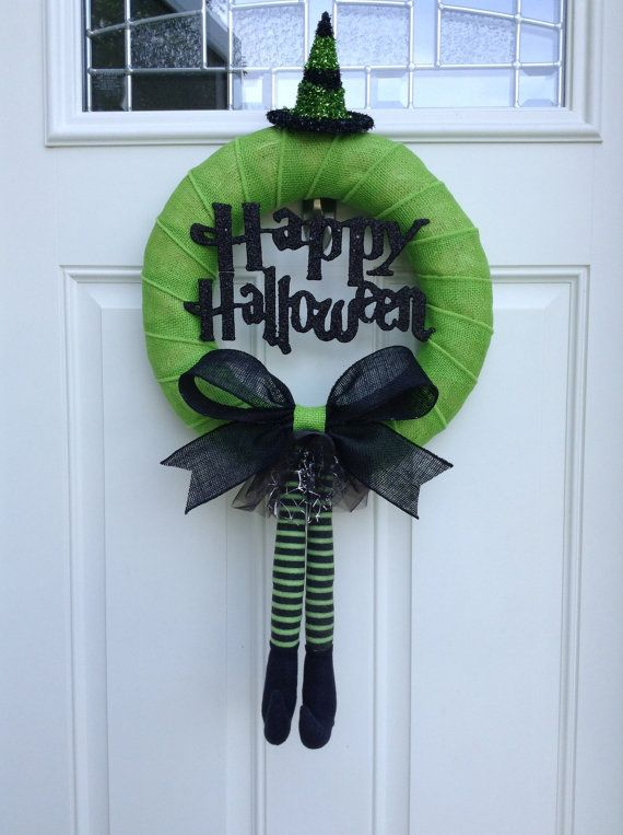 cool-halloween-wreaths-for-any-space-3