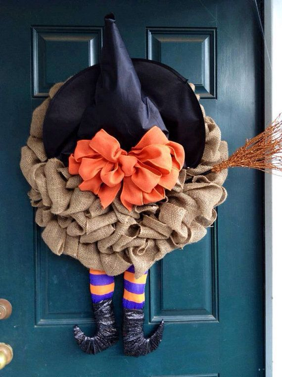 cool-halloween-wreaths-for-any-space-4