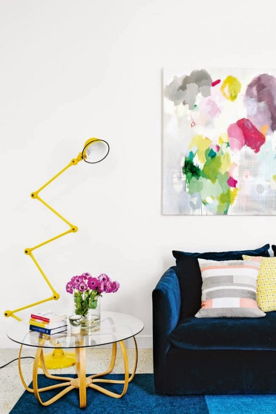 lively-and-bright-australian-home-with-mid-century-touches-4-554x830