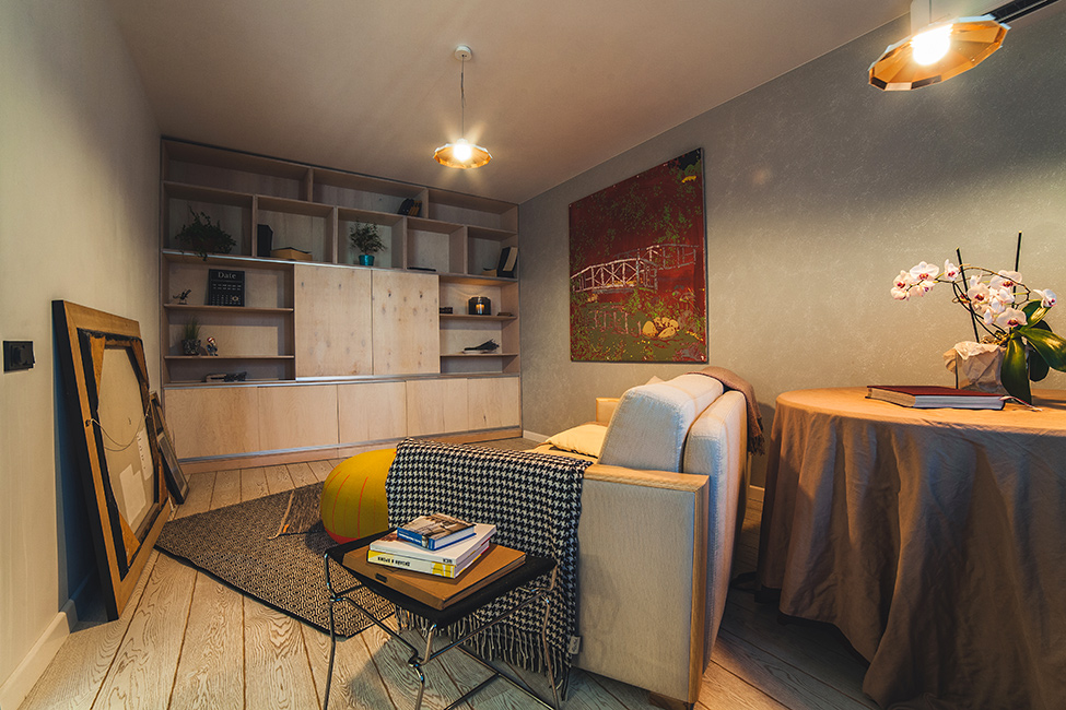 spacious-kiev-apartment-decorated-with-an-artistic-twist-7