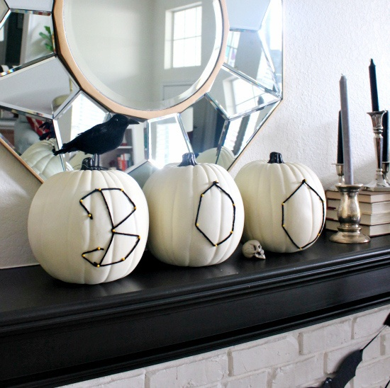 awesome-halloween-indoor-decor-ideas-39
