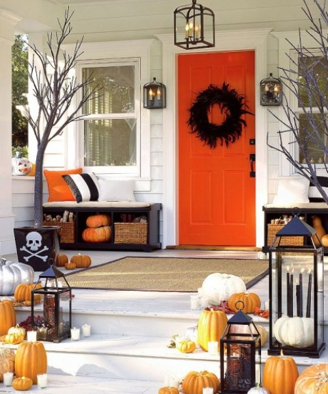 cool-halloween-front-door-decor-ideas-20
