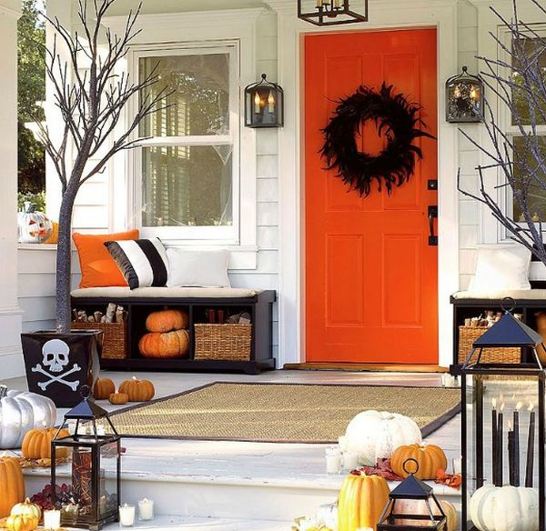 cool-halloween-front-door-decor-ideas-34