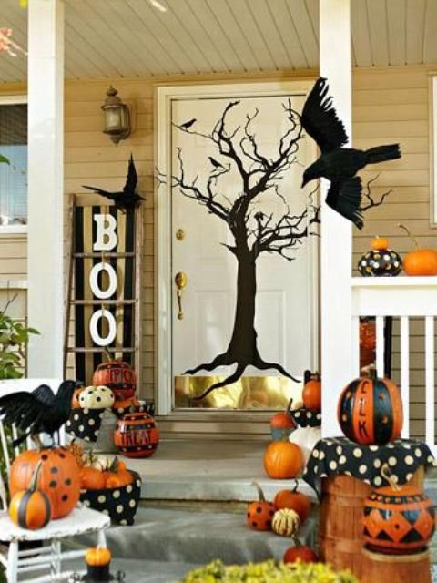 cool-halloween-front-door-decor-ideas-4