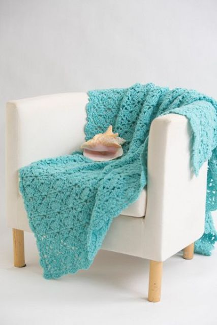cozy-and-comfy-crochet-pieces-for-home-decor-20