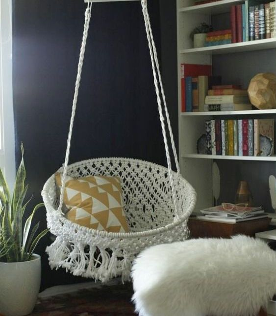 cozy-and-comfy-crochet-pieces-for-home-decor-22
