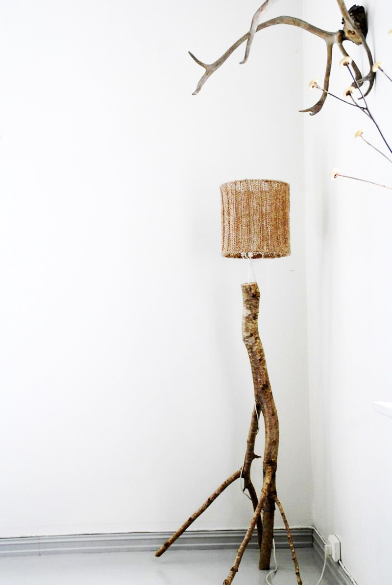 crochet-lampshade-wood-lamp