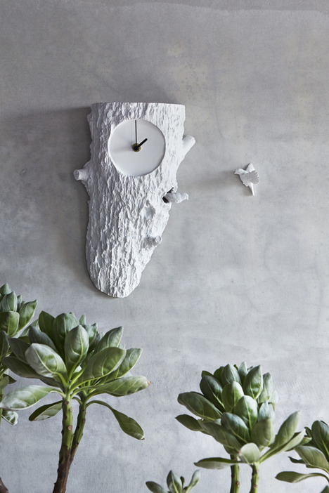eye-catching-cuckoo-x-clock-with-two-birds-2