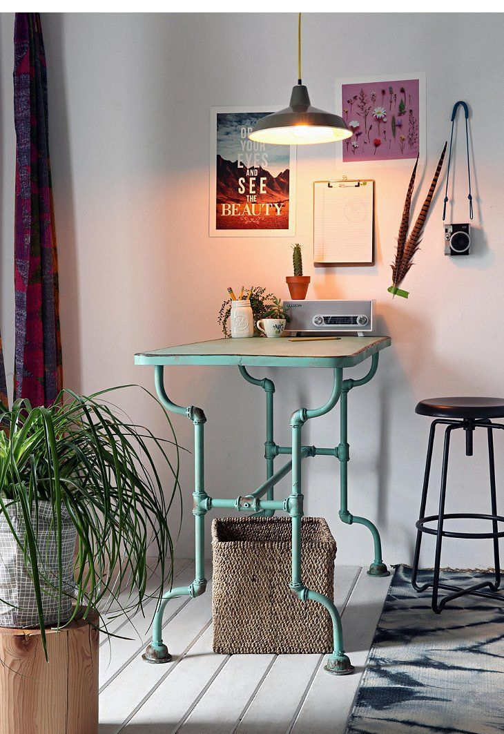 stylish-industrial-desks-for-your-office-18