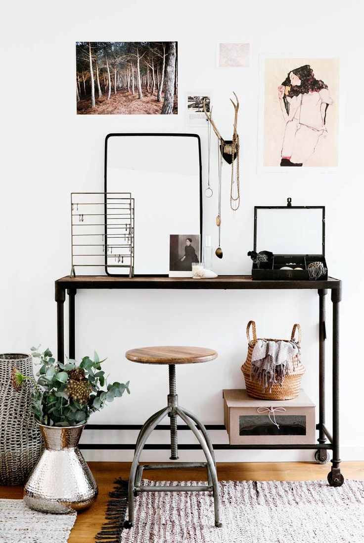 stylish-industrial-desks-for-your-office-19