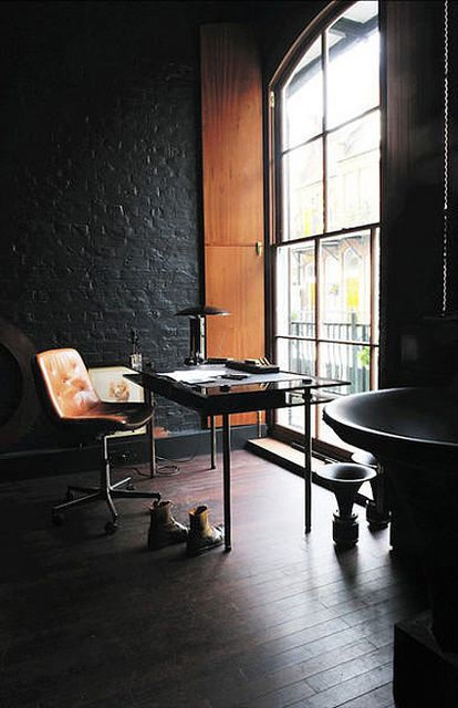 stylish-industrial-desks-for-your-office-21