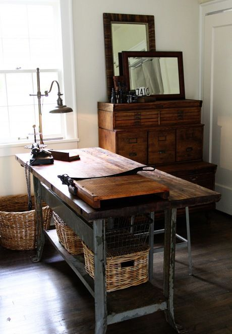 stylish-industrial-desks-for-your-office-27