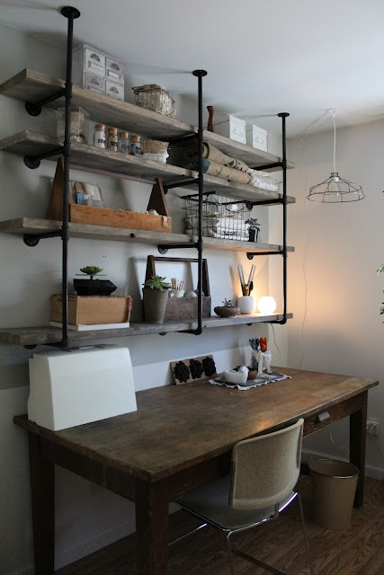 stylish-industrial-desks-for-your-office-5