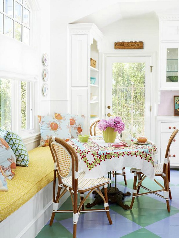 sweet-colorful-cottage-with-shabby-chic-furniture-14