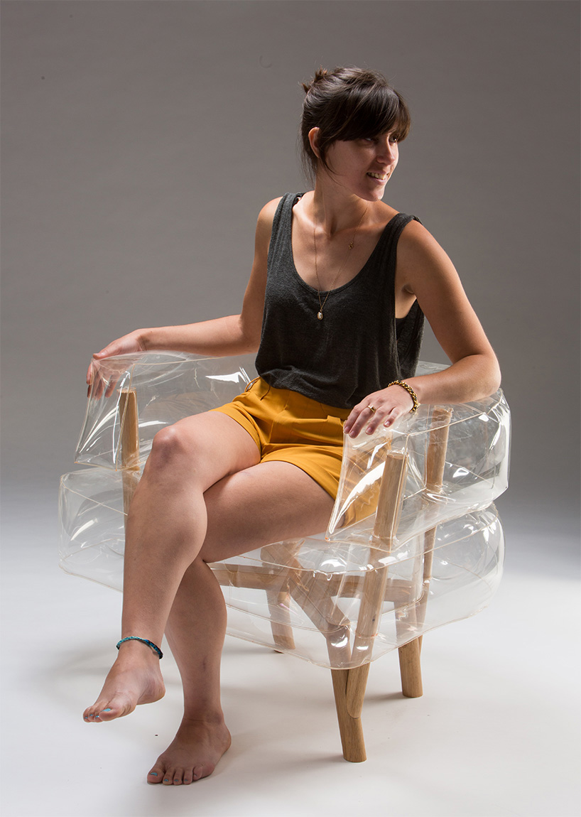 tehila-guy-anda-inflatable-armchair-furniture-bezalel-academy-of-arts-and-design-jerusalem-designboom-04