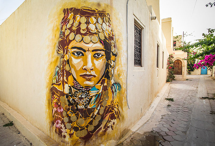 150-artists-tunisian-village-open-air-art-museum-designboom-21