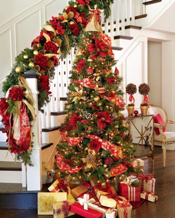 amazing-red-and-gold-christmas-decor-ideas-21