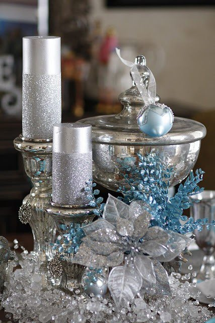 charming-silver-and-blue-christmas-decor-ideas-15