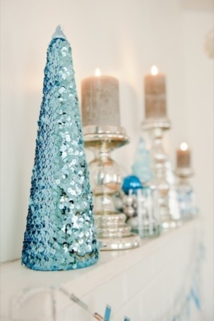 charming-silver-and-blue-christmas-decor-ideas-29