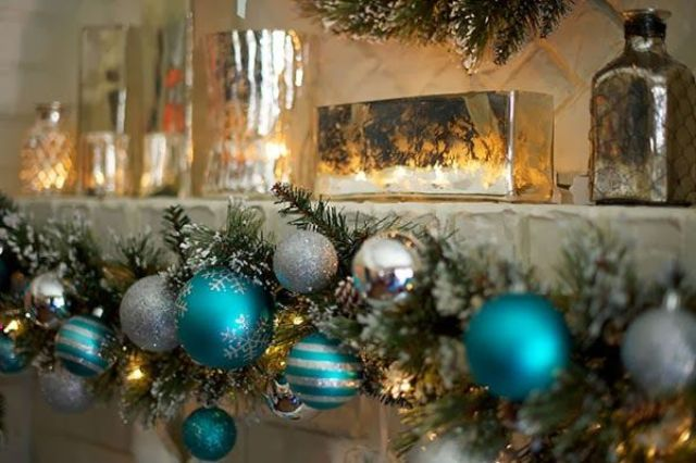 charming-silver-and-blue-christmas-decor-ideas-31
