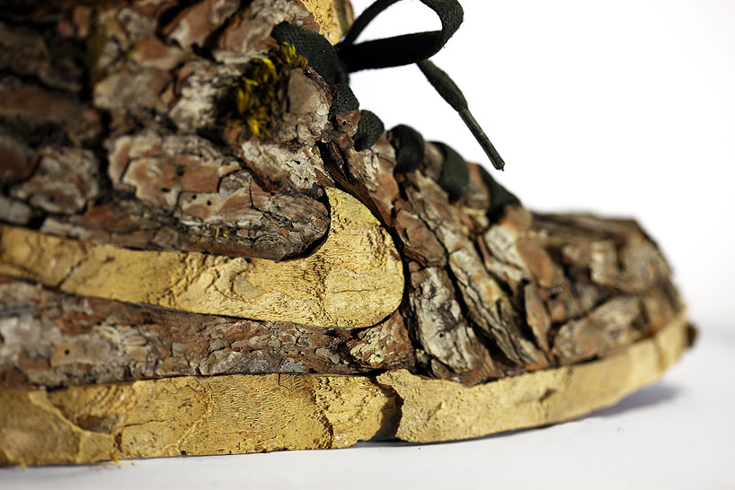 christophe-guinet-crafts-living-nike-sneakers-from-flowers-designboom-03