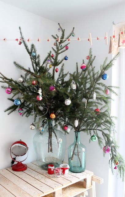 creative-hristmas-decor-ideas-for-small-spaces-1