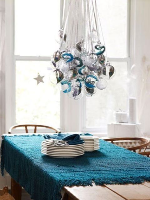 creative-hristmas-decor-ideas-for-small-spaces-28