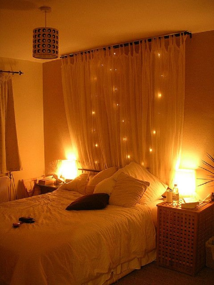 how-to-use-string-lights-for-your-bedroom-ideas-7