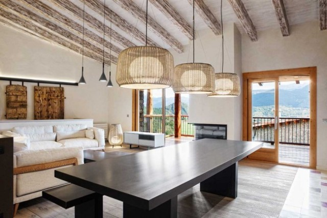 modern-home-with-stone-walls-and-wooden-beams-6