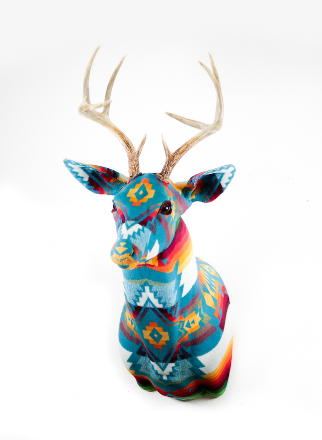 Patterned-Fabric-Trophy-4