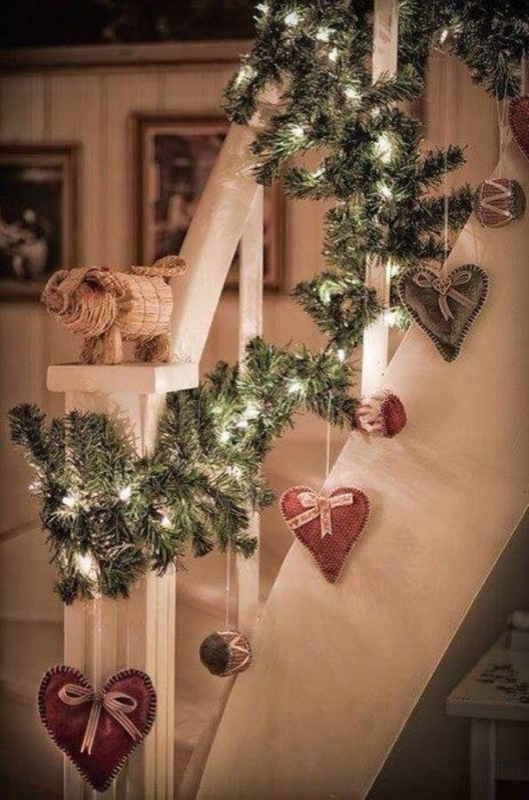 amazing-christmas-garlands-for-home-decor-1
