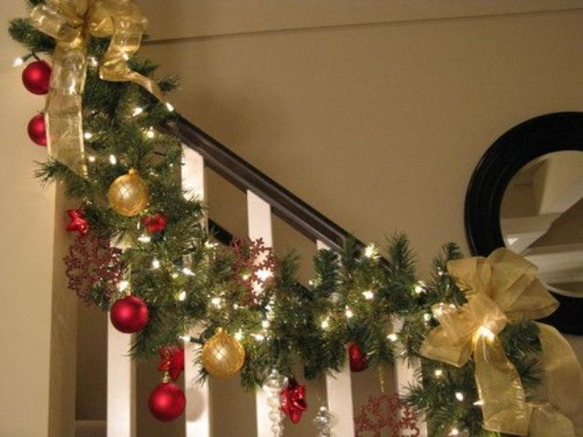 amazing-christmas-garlands-for-home-decor-14