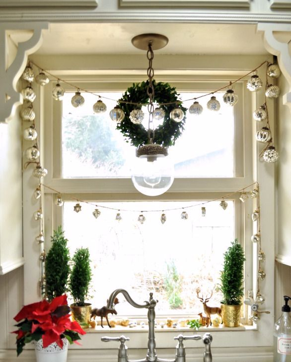 amazing-christmas-garlands-for-home-decor-23