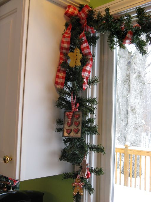 amazing-christmas-garlands-for-home-decor-35