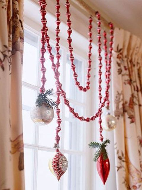 amazing-christmas-garlands-for-home-decor-38