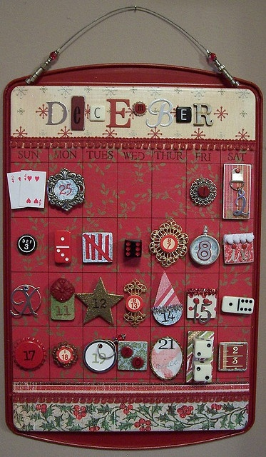 awesome-and-creative-christmas-advent-calendars-26