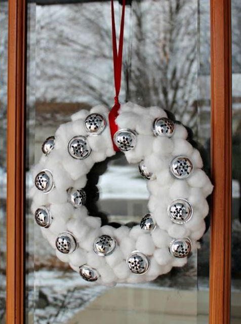 cute-snowball-decor-ideas-for-winter-holidays-22