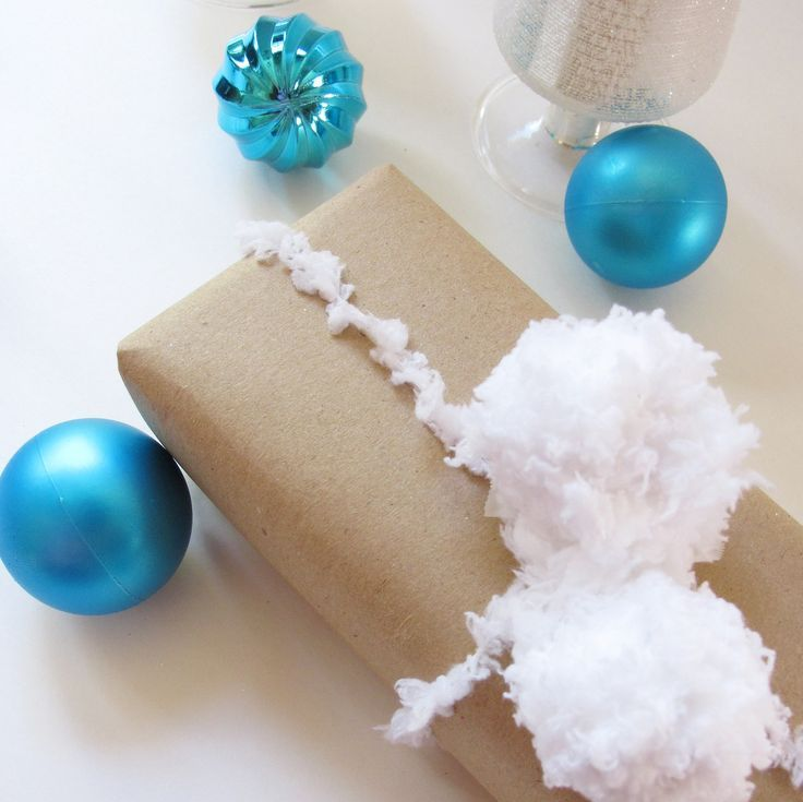 cute-snowball-decor-ideas-for-winter-holidays-9