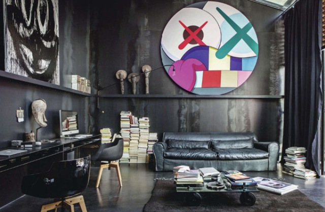 dramatic-dark-home-with-unexpected-accents-3