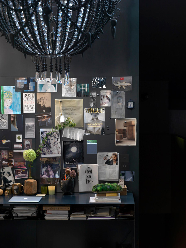 dramatic-dark-home-with-unexpected-accents-6