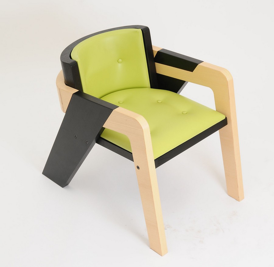 elegant-self-assembly-io-chair-from-two-toned-wood-9