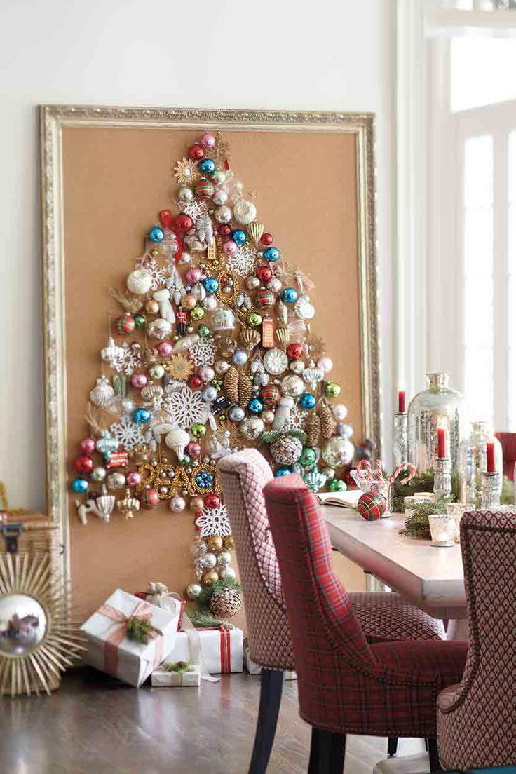 space-saving-christmas-trees-for-small-spaces-43